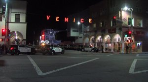 Police responded to a fatal stabbing in Venice on Nov. 22, 2016. (Credit: OnScene.TV)