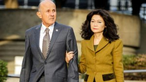 Former Los Angeles County Sheriff Lee Baca and his wife, Carol Chiang, arrive at the federal courthouse in downtown Los Angeles in December 2016 for his trial. Baca is charged with conspiracy and obstruction of justice. (Credit: Irfan Khan / Los Angeles Times)