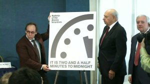 """""""Doomsday Clock"""" stands at 2.5 minutes to midnight on Jan. 26, 2017. (Credit: CNN)"""