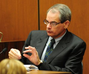 Dr. Christopher Rogers, deputy medical examiner at the Los Angeles County coroner's office, gives his testimony during Dr. Conrad Murray's involuntary manslaughter trial at Oct. 11, 2011, in downtown Los Angeles. (Credit: Robyn Beck-Pool/Getty Images)