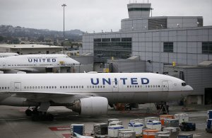 United Airlines planes sit on the tarmac at San Francisco International Airport on July 8, 2015 in San Francisco, California. (Credit: Justin Sullivan/Getty Images)