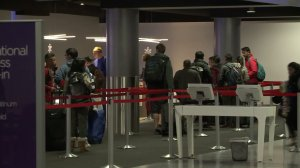 Travelers were stuck at Los Angeles International Airport after a US Customs and Border Protection outage on Jan. 2, 2017. (Credit: KTLA)