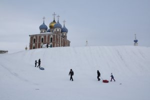 Children near the Ryazan Kremlin in Russia's town of Ryazan brave the cold to go sledding in Jan., 2017. Some Russian's in this town are petitioning to rename one of there street as Donald Trump Street.