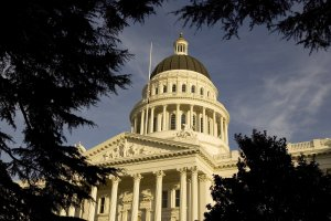 An exterior of the state capitol is shown on Jan. 5, 2006, in Sacramento. (Credit: David Paul Morris / Getty Images)