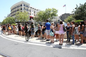 People assembled at The Americana at Brand in Glendale are seen in a photo from Aug. 13, 2013. (Credit: Jonathan Leibson / Getty Images)