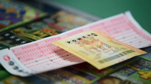 A Powerball ticket sits on the counter at Kavanagh Liquors on Jan. 13, 2016 in San Lorenzo, Calif. (Credit: Justin Sullivan/Getty Images)