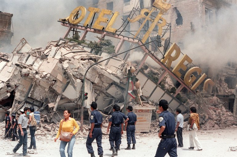 A photo taken Sept. 21, 1985, shows the ruins of Hotel Regis, flattened in the Sept. 19 earthquake that struck Mexico City. (Credit: Derrick Ceyrac / AFP / Getty Images)