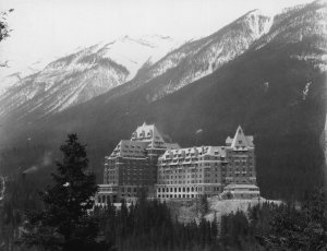 The majestic Banff Springs Hotel in the snowy mountains, near Alberta in Canada, one of the luxury resorts opened in 1888 by the Canadian Pacific Railroad (CPR) to encourage tourism. (Credit: Hulton Archive/Getty Images)