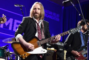 Musician Tom Petty performs onstage during a Haitian relief benefit at Montage Hotel in Beverly Hills on Jan. 9, 2016. (Credit: Alberto E. Rodriguez / Getty Images)