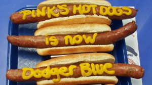 Pink's hot dogs with Dodgers wording are shown in a Twitter image. (Credit: Pink's Hot Dogs Twitter)