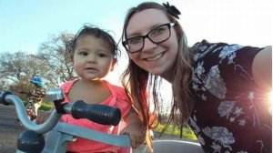 This undated photo shows Sarah Rae Rohde posing with her daughter, Ariana Harris. (Credit: GoFundMe)