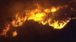 The Creek Fire was 0 percent contained on the night of Dec. 5, 2017. (Credit: KTLA)