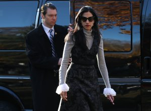 Huma Abedin, aide to Democratic presidential nominee Hillary Clinton, walks to the motorcade after Clinton voted on Nov. 8, 2016, in Chappaqua, New York. (Credit: Justin Sullivan / Getty Images)