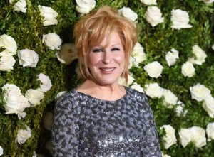Bette Midler attends the 2017 Tony Awards  at Radio City Music Hall on June 11, 2017 in New York City. (Credit: Angela Weiss      /AFP/Getty Images)