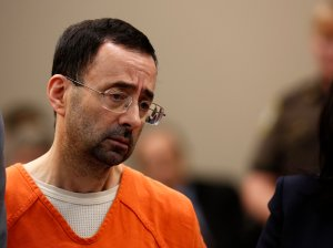 Former Michigan State University and USA Gymnastics doctor Larry Nassar appears at Ingham County Circuit Court in Lansing, Michigan, on Nov. 22, 2017. (Credit: Jeff Kowalsky / AFP / Getty Images)