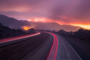 The 101 Freeway was closed after the Thomas Fire jumped the road towards the Pacific Coast Highway in Ventura on Dec. 7, 2017. (Credit: Kyle Grillot / AFP / Getty Images)