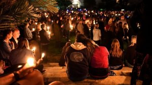 Mourners gather for a candlelight vigil outside the Santa Barbara County Courthouse for victims of the Montecito mudslides on Jan. 14, 2018. (Credit: Wally Skalij/Los Angeles Times)