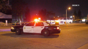 Deputies investigate after a young boy was shot dead in Compton on Jan. 20, 2018. (Credit: OnScene.TV)