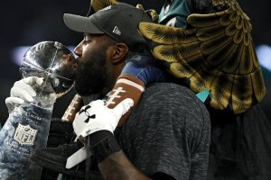 Malcolm Jenkins of the Philadelphia Eagles kisses the Vince Lombardi Trophy after defeating the New England Patriots 41-33 in Super Bowl LII at U.S. Bank Stadium on February 4, 2018 in Minneapolis, Minnesota. (Credit: Patrick Smith/Getty Images)