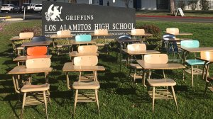 Seventeen desks are seen in an image at Los Alamitos High School on March 14, 2018. (Credit: KTLA)