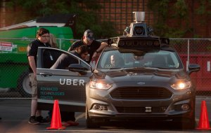 An autonomous Uber Ford Fusion sits in the Uber Technical Center parking lot in Pittsburgh, Pennsylvania, on Sept. 22, 2016. (Credit: Jeff Swensen / Getty Images)