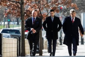 Former Trump Campaign Advisor Sam Nunberg, left, arrives at the U.S. District Courthouse on March 9, 2018 in Washington, DC. Nunberg was due to appear at the courthouse as part of the Special Counsel Robert Mueller's probe. (Credit: Zach Gibson/Getty Images)