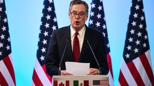 U.S. Trade Representative Robert Lighthizer delivers a speech before the media during the seventh round of NAFTA (North American Free Trade Agreement) talks in Mexico City, on March 5, 2018. (Credit: RONALDO SCHEMIDT/AFP/Getty Images)