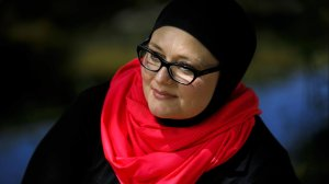 Jennifer Hyatt is shown in an undated photo. Hyatt claims in a federal lawsuit that Ventura County Sheriff's Office deputies removed her hijab and refused to give her an alternate form of cover when they arrested her in 2017. (Credit: Marcus Yam / Los Angeles Times)