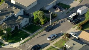 Police search the home apparently belonging to Steve Beal in Long Beach on May 16, 2018, in connection with the deadly Aliso Viejo explosion. (Credit: KTLA)