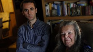 This undated photo shows Palmdale resident Carol Northern, who said she lost her Medi-Cal coverage in 2016 even though she filed her renewal packet to Los Angeles County on time, with her attorney, David Kane. (Credit: Mel Melcon / Los Angeles Times)