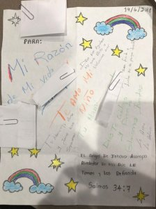 An undated photo shows the letter an asylum seeker from Honduras wrote to her son days after they were separated. (Credit: Eileen Blessinger via CNN)