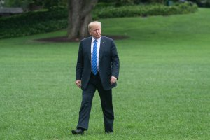 Donald Trump walks to the White House on July 24, 2018 upon his return from Kansas City, Missouri where he addressed the 119th Veterans of Foreign Wars National Convention. (Credit: Nicholas Kamm/AFP/Getty Images)