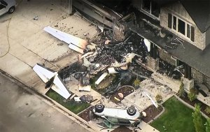 The pilot of a small plane died after the aircraft crashed into a house in Payson on Aug. 13, 2018. (Credit: KSL)