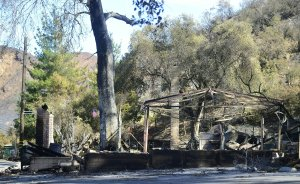 The remains of the restaurant Kristy's Roadhouse Malibu, destroyed by the Woolsey Fire, is seen on Nov. 15, 2018. (Credit: Frederic J. Brown / AFP / Getty Images)