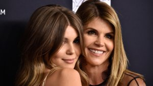 Lori Loughlin is seen with her daughter Olivia Jade Giannulli, who attends USC. (Credit: Frazer Harrison/Getty Images)