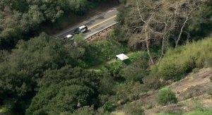 Authorities respond to a body found on a hiking trail in Hacienda Heights on March 5, 2019. (Credit: KTLA)