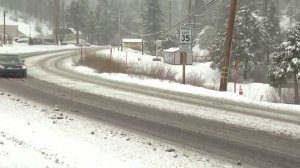 Snow is seen in Running Springs on March 21, 2019. (Credit: KTLA)
