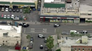 Police surround A & A Shine Bargain in Koreatown on April 30, 2019. (Credit: Sky5)