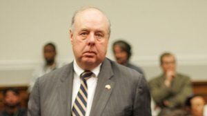 Attorney John Dowd appears at a federal hearing on 23 May 2007 on Capitol Hill in Washington, DC. (Credit: TIM SLOAN/AFP/Getty Images)