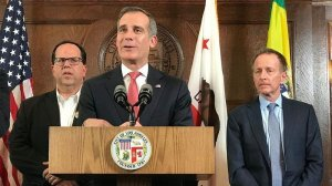 L.A. Mayor Eric Garcetti, center, speaks on Jan, 22, 2019 after a contract agreement was reached between the L.A. teachers union and the school district. Behind him are union President Alex Caputo-Pearl, left, and L.A. Unified Supt. Austin Beutner. (Credit: Al Seib / Los Angeles Times)