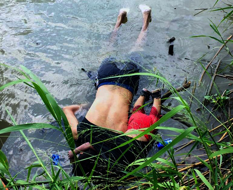 The bodies of Salvadoran migrant Oscar Martinez Ramirez and his daughter, who drowned while trying to cross the Rio Grande – on their way to the U.S. – in Matamoros, Tamaulipas, on June 24, 2019. (Credit: STR/AFP/Getty Images)