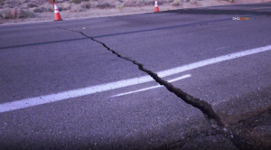 A crack is seen on Highway 178 in Trona on July 6, 2019.(Credit: RMG News)