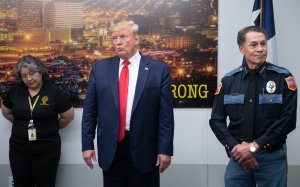 President Trump addresses the press alongside El Paso Police Chief Greg Allen (R) before greeting first responders during a visit to El Paso Regional Communications Center in El Paso, Texas, August 7, 2019, following last weekend's mass shootings. (Credit: SAUL LOEB/AFP/Getty Images)