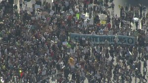 A large crowd of climate activists gathered in downtown L.A., one of a series of worldwide demonstrations held on Sept. 20, 2019. (Credit: KTLA)