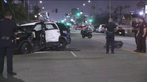 Two Los Angeles Police Department officers were hurt in a crash in the Vermont-Slauson neighborhood of South Los Angeles on Sept. 23, 2019. (Credit: KTLA)