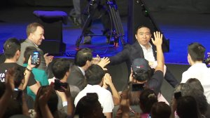 Presidential candidate Andrew Yang greets supporters at the AAPI Democratic Presidential Forum in Costa Mesa on Sept. 8, 2019. (Credit: KTLA)