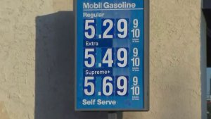 A sign advertises $5 gasoline at a Mobil station in West Los Angeles on Oct. 8, 2019. (Credit: KTLA)