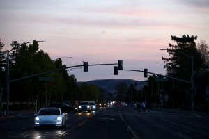 Traffic lights in the Sonoma area are out due to power outages by PG&E on October 10, 2019. (Credit: Ezra Shaw/Getty Images)