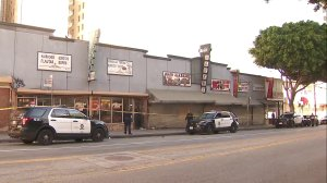 Police work the scene of a fatal stabbing in downtown L.A.'s Skid Row on Jan. 1, 2020. (Credit: KTLA)
