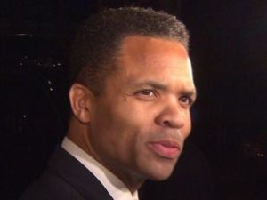 Report: Jackson Jr, wife expected to plead guilty